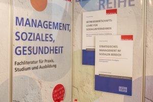 ConSozial 2017: Plakate zur Blauen Reihe des Walhalla Verlages